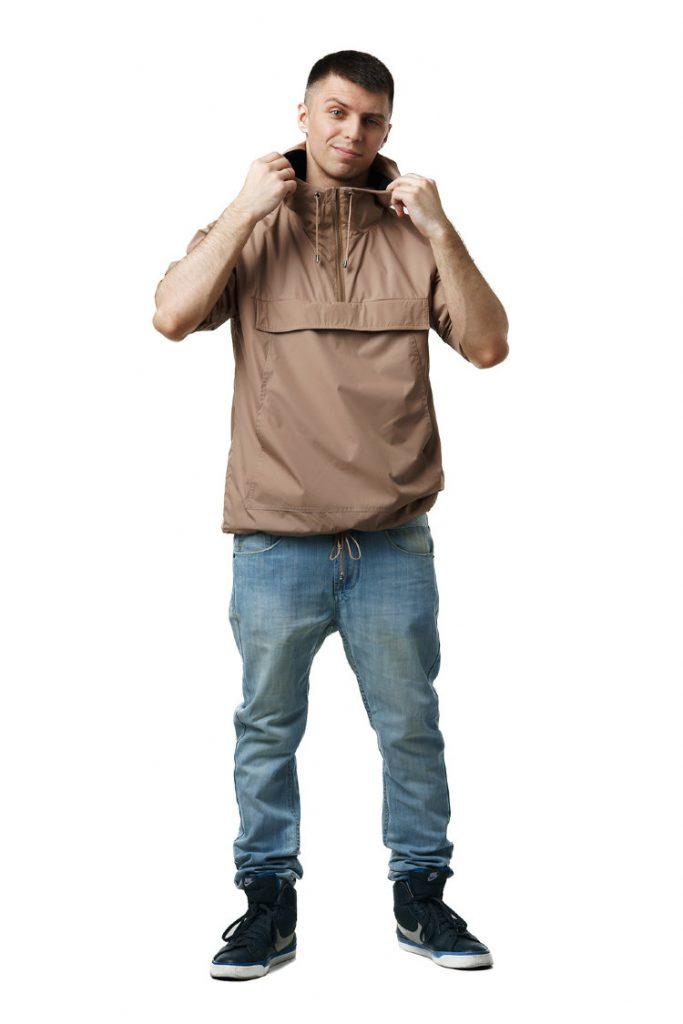 Бежевый мужской анорак