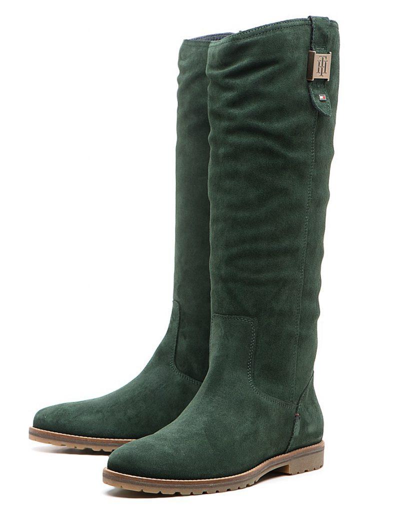 Зеленые женские замшевые сапоги