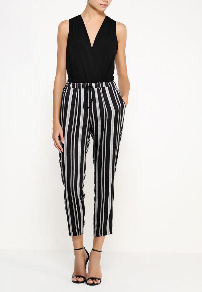 Серо-черные классические брюки в полоску