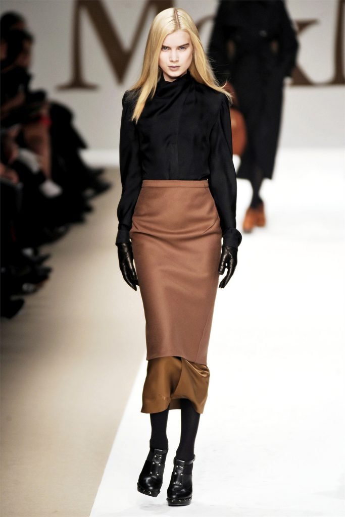 Сочетание черного и коричневого цвета в одежде