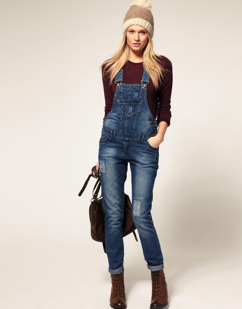 Осенний образ с джинсовым комбинезоном