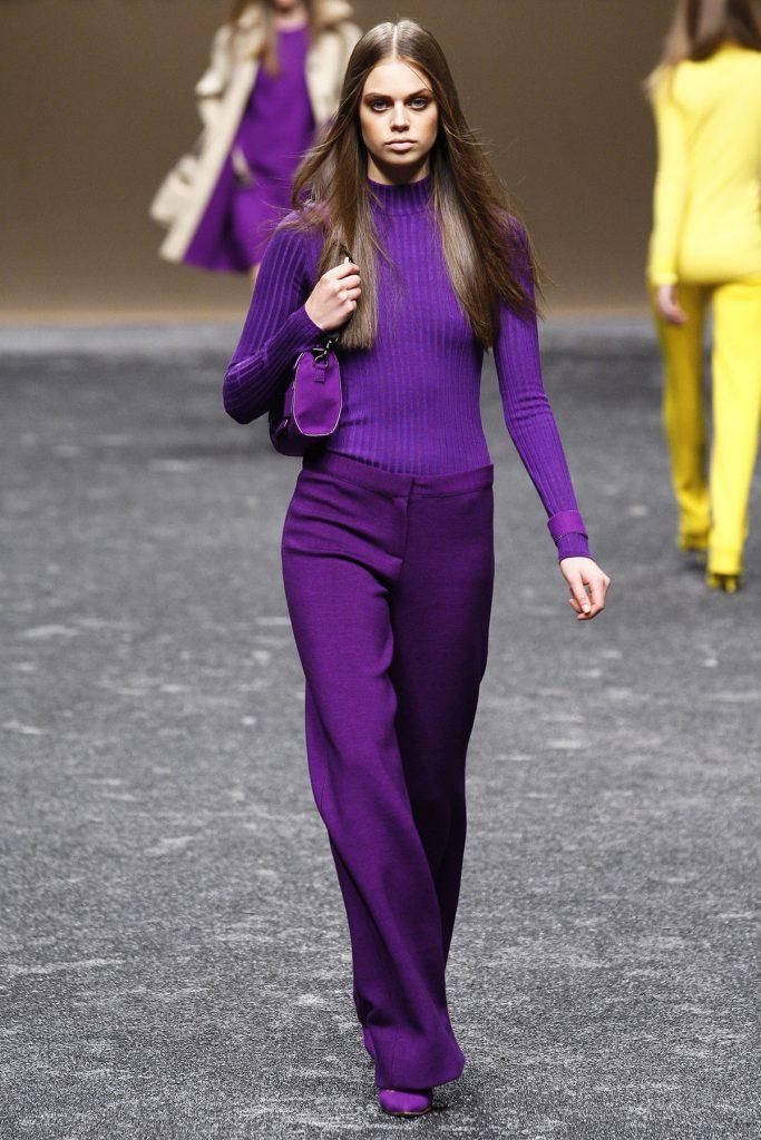 Фиолетовый ежедневный женский образ