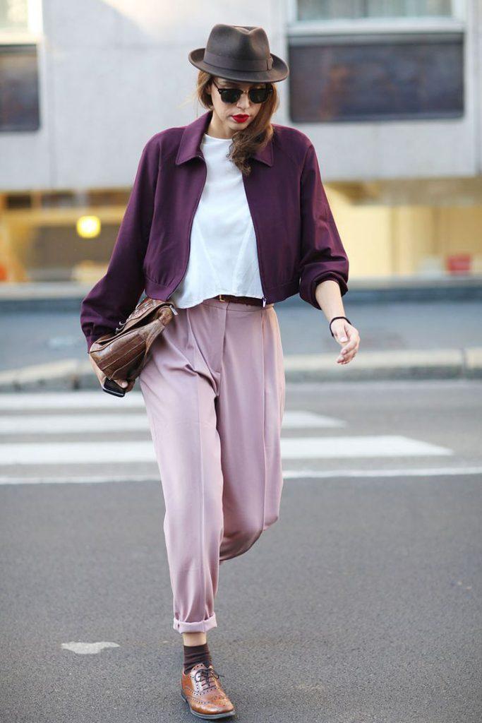 Фиолетовый, розовый и белый цвета в одежде