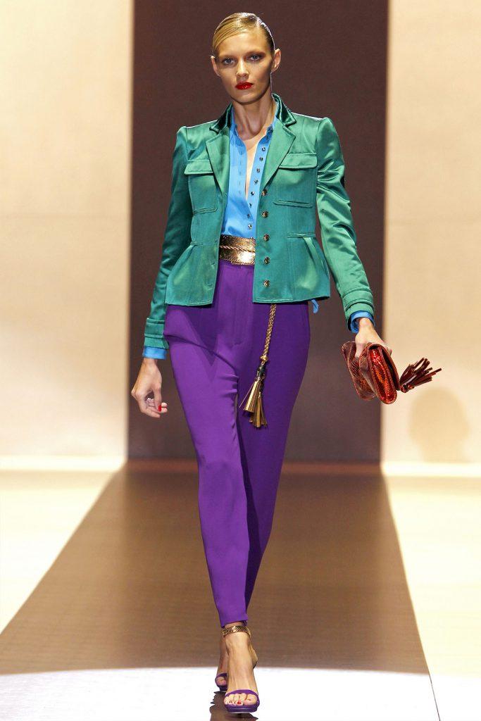 Фиолетовый и зеленый цвета в одежде