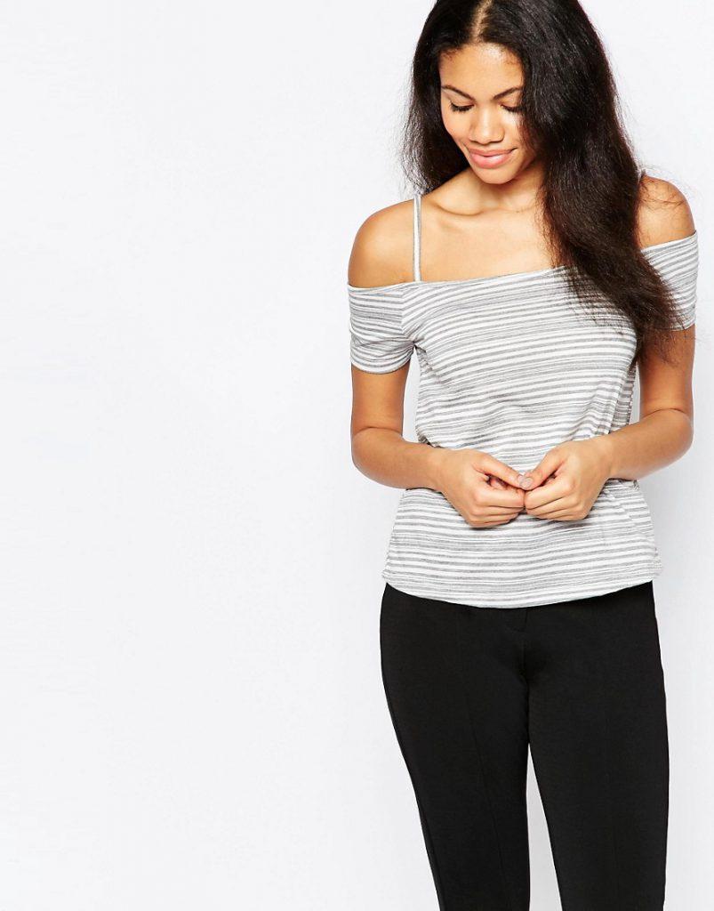 Серая футболка с открытыми плечами