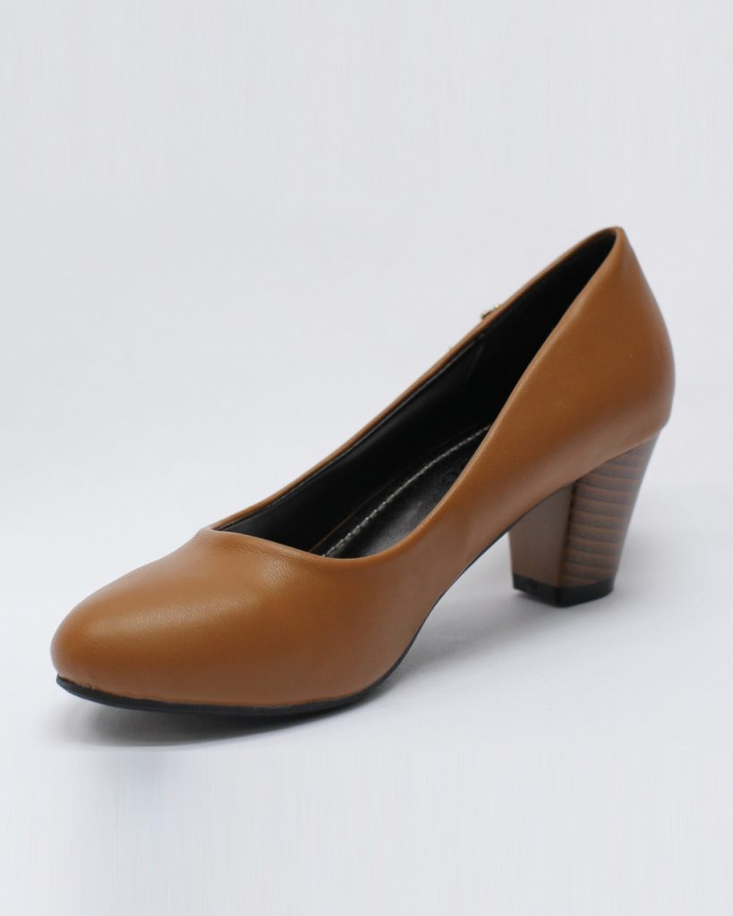 Коричневые туфли для женщин после 50 лет