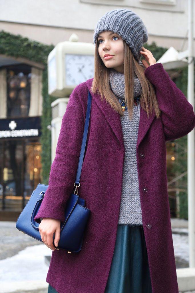 Сливовое пальто