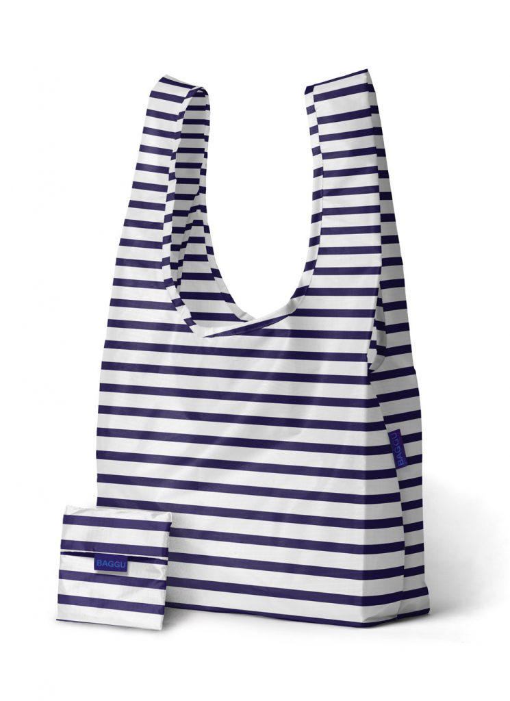 Летняя сине-белая полосатая сумка