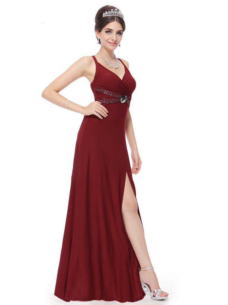 Бордовое платье для встречи Нового года