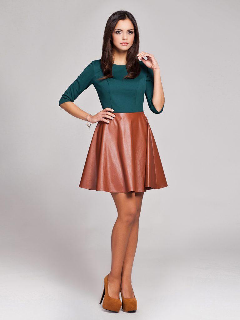 Сочетание зеленого и коричневого в одежде