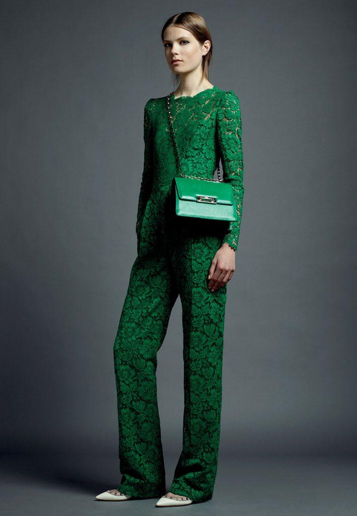 Зеленый комбинезон