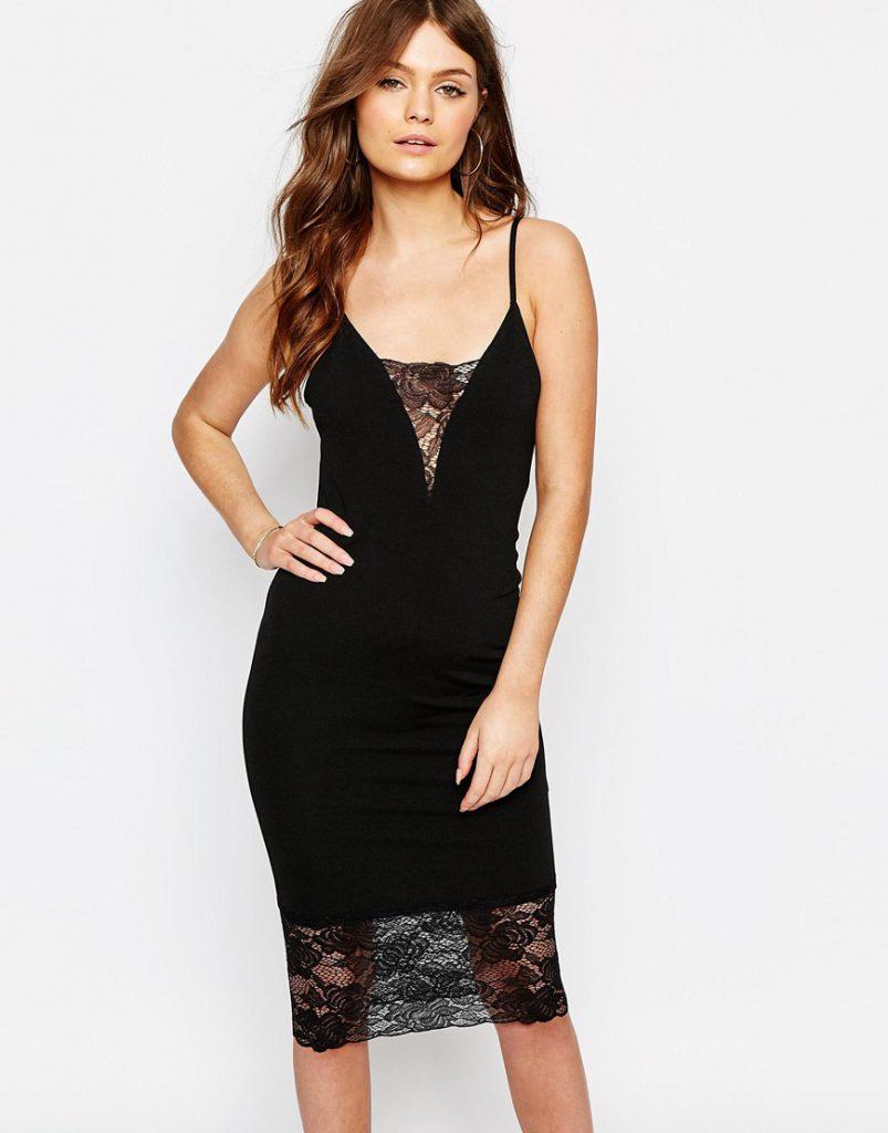 Черное платье с кружевными вставками в бельевом стиле