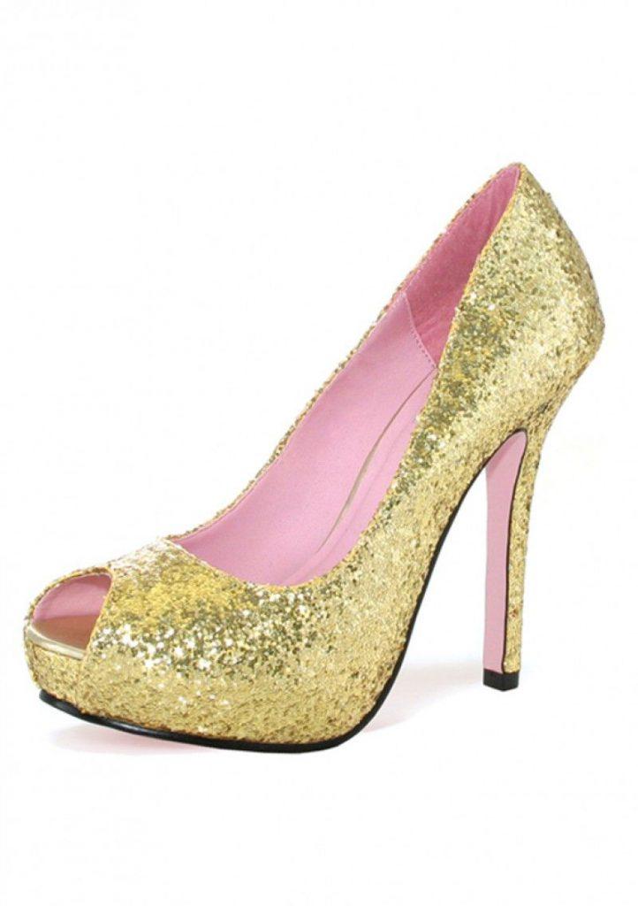Желтые блестящие туфли