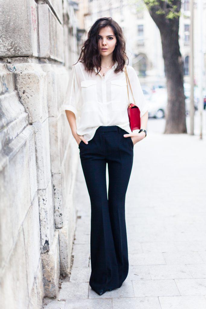 Повседневный образ с брюками клеш