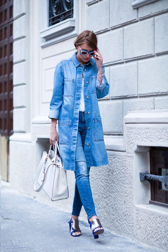 Джинсовый тренч с джинсами