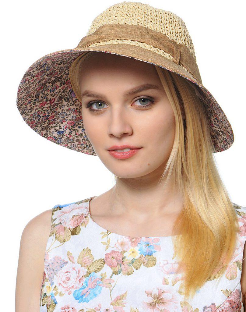 Красивая летняя шляпа с лентой