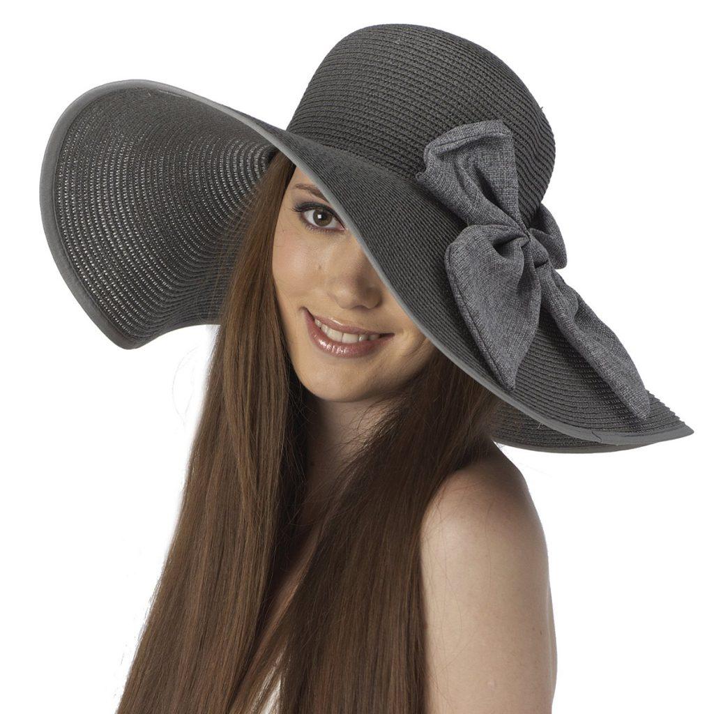 Серая шляпа с бантом