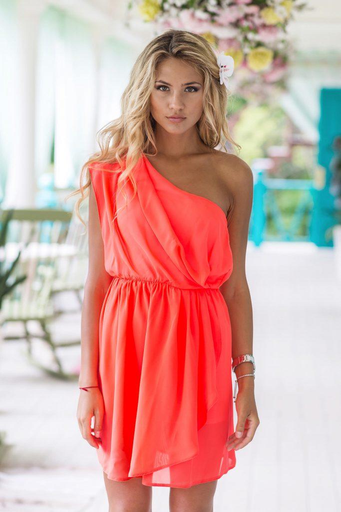 Летнее коралловое платье