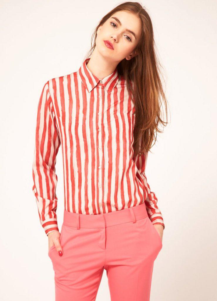 Женская рубашка в полоску с брюками