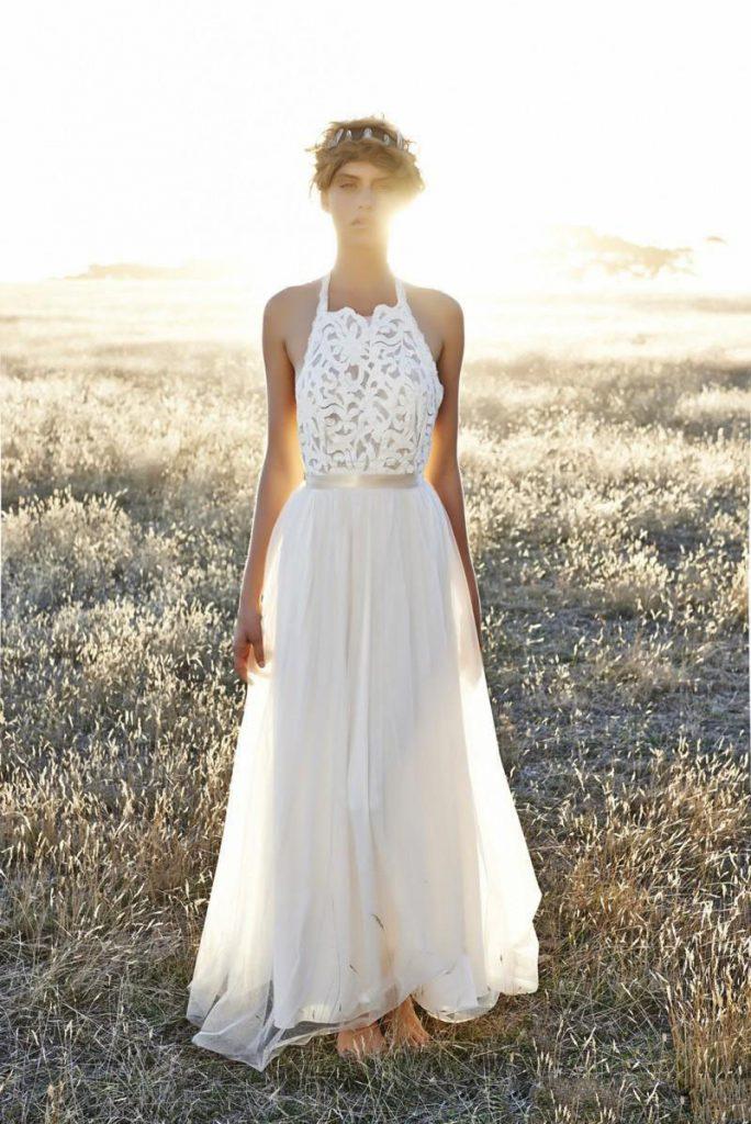 Модное платье невесты с пышной юбкой в стиле бохо шик