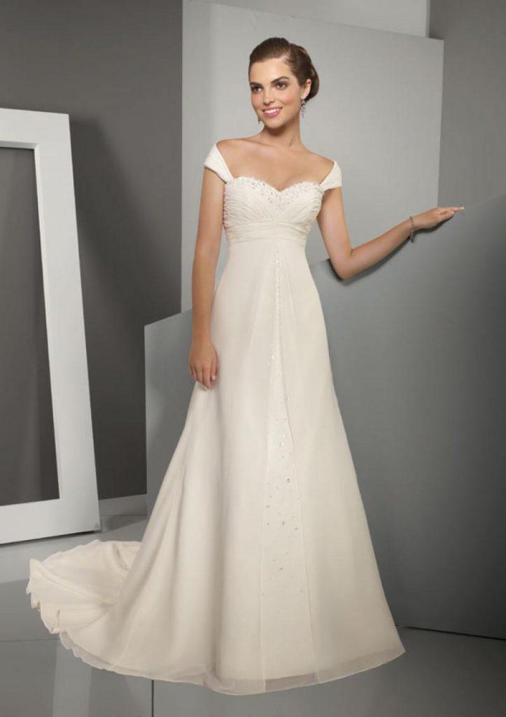 Кремовое свадебное платье в стиле ампир