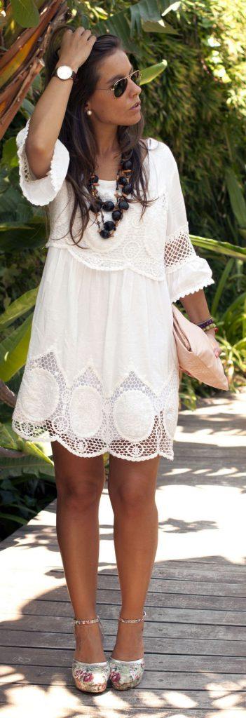 Туфли с цветочным принтом с белым платьем