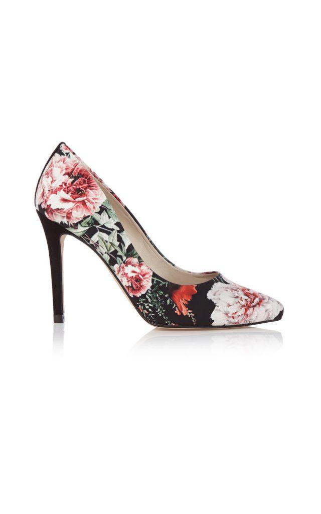 Черные туфли с цветочным рисунком