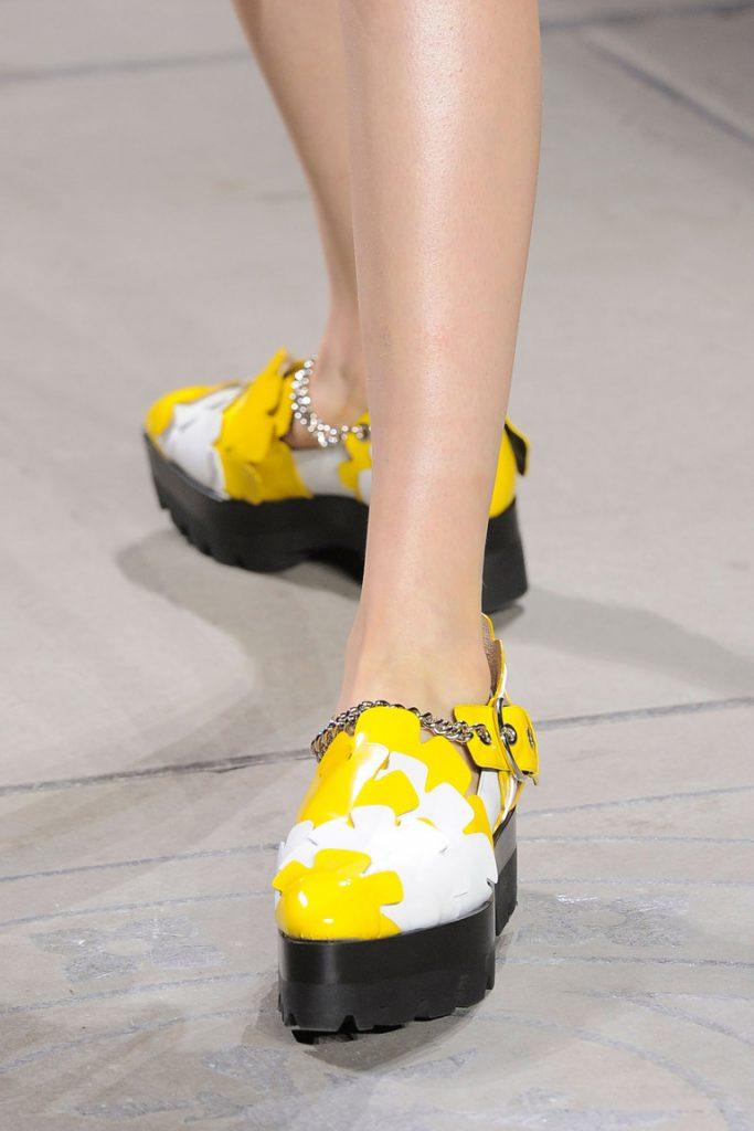 Дизайнерские туфли с круглым носом