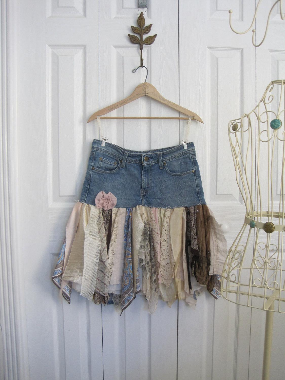 Джинсовая мини юбка в бохо стиле