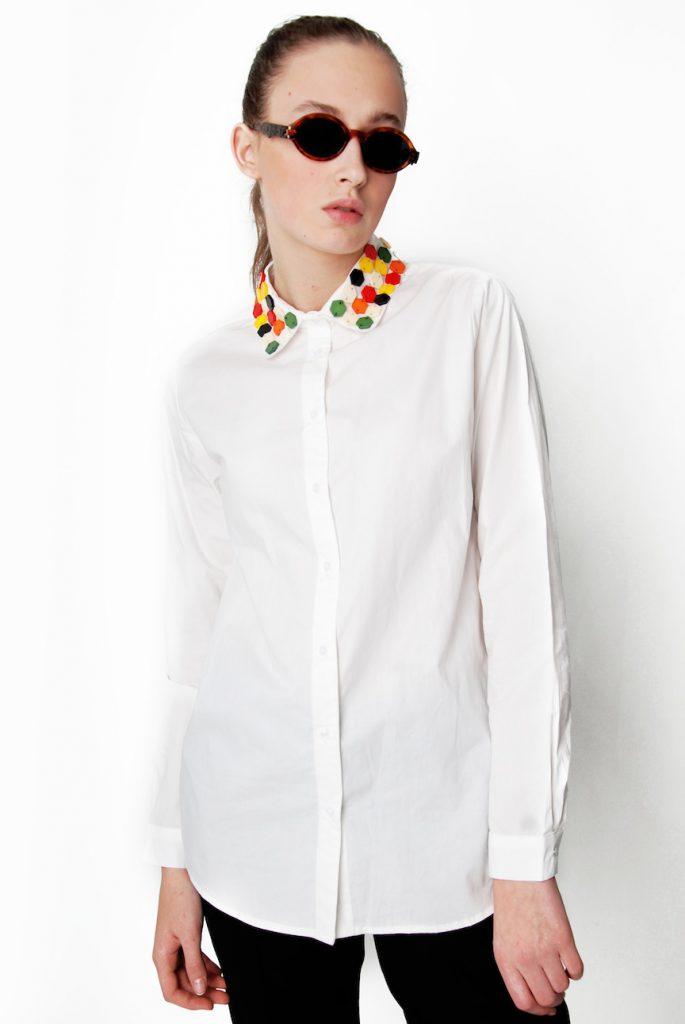 Белая рубашка украсить своими руками 59