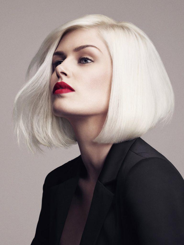 Модный цвет волос снежный блонд