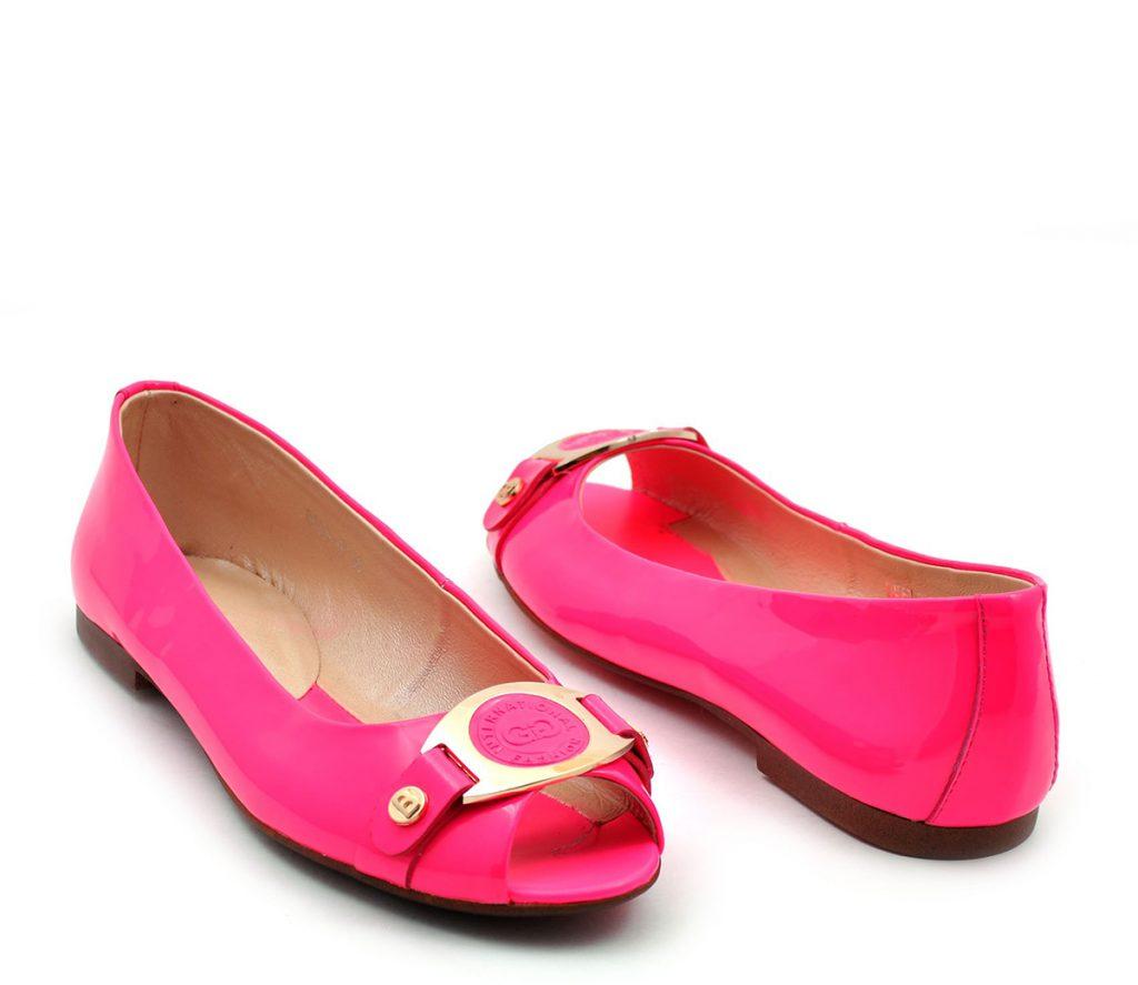 Лакированные розовые балетки