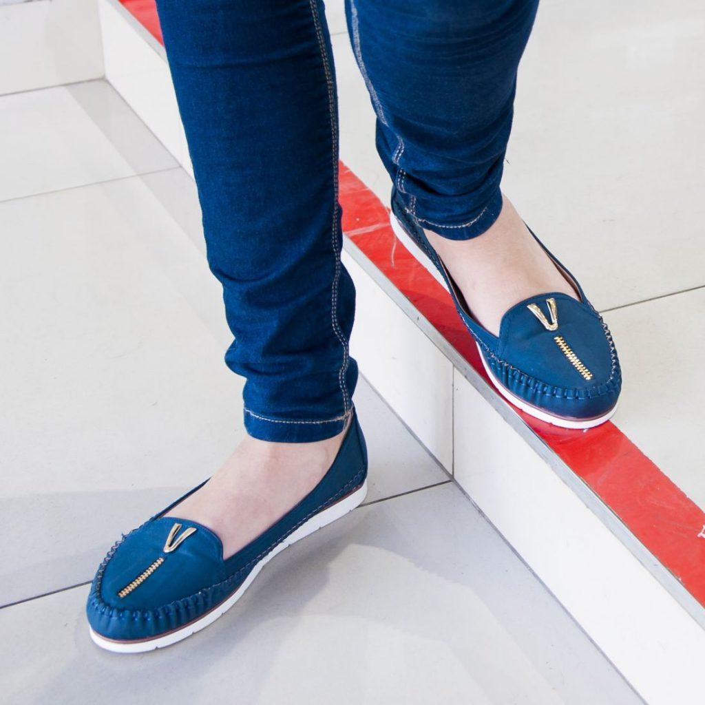 Модные синие балетки