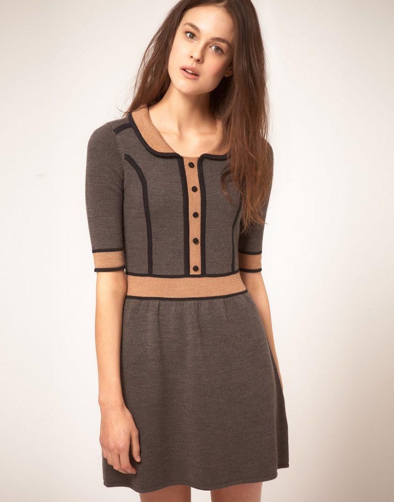 Серо-черное-коричневое трикотажное платье