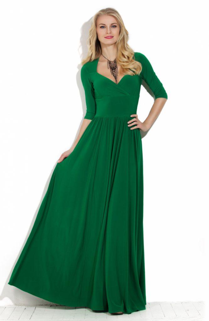 Длинное зеленое трикотажное платье