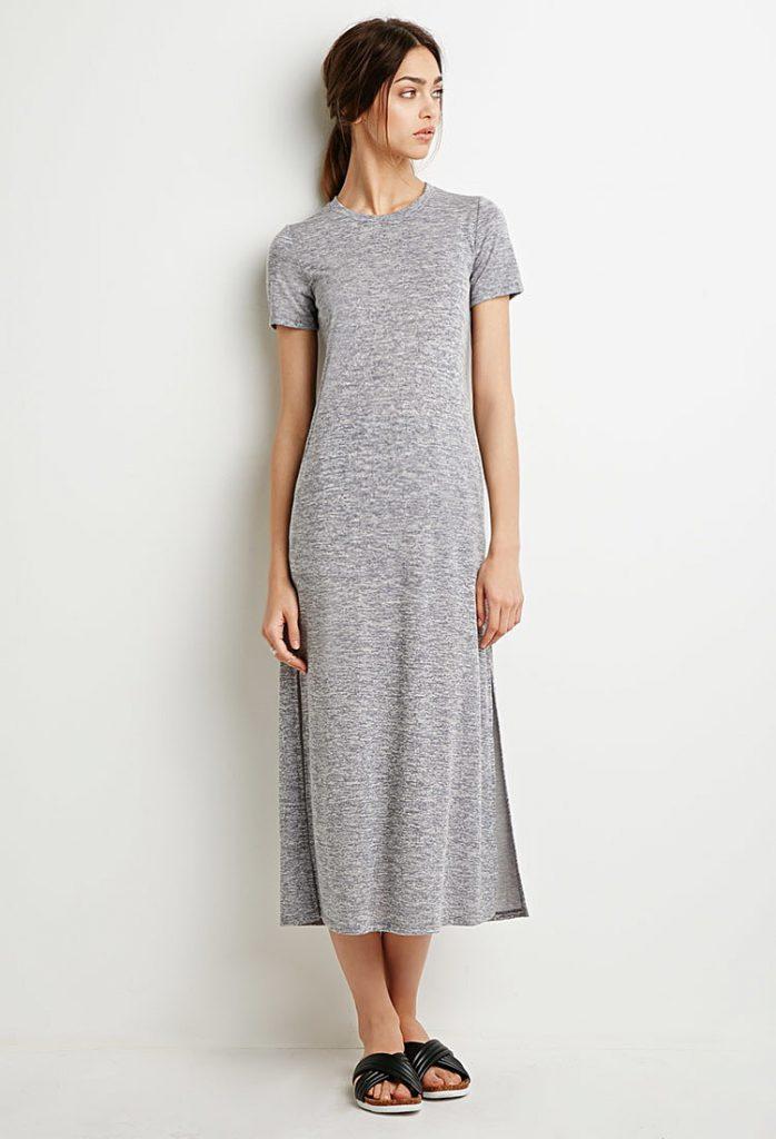 Простое серое трикотажное платье