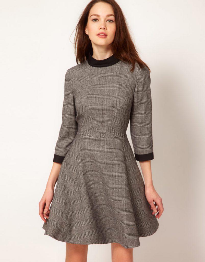 Клетчатое серое зимнее платье