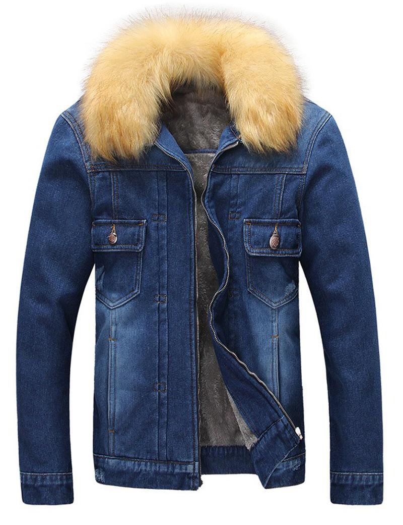 Джинсовая куртка с меховым воротом