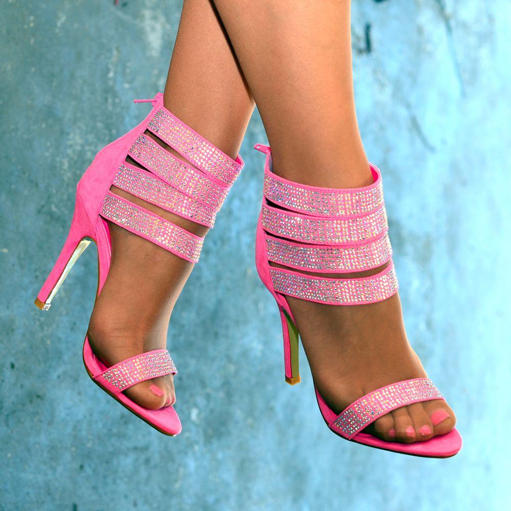 Розовые босоножки на вечеринку