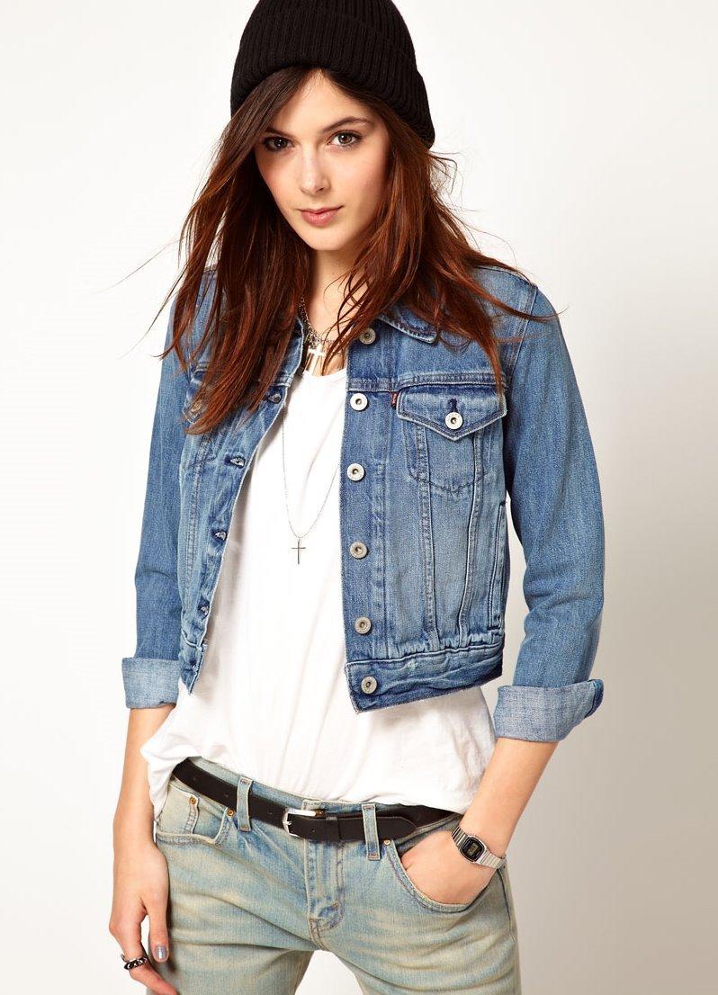 Стильная короткая джинсовая куртка