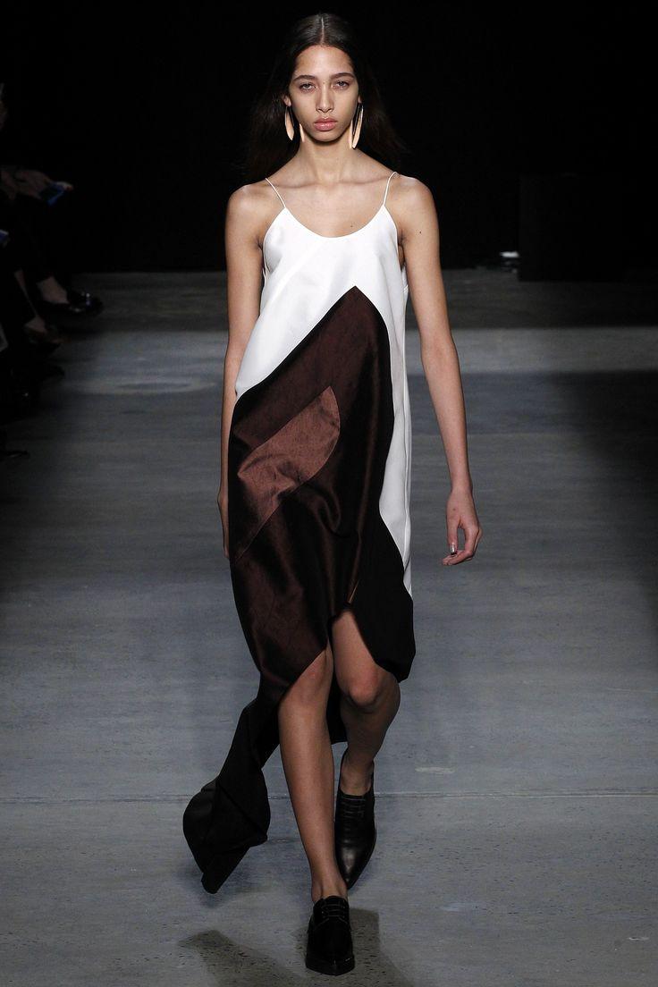 Платье-комбинация с асимметричным кроем