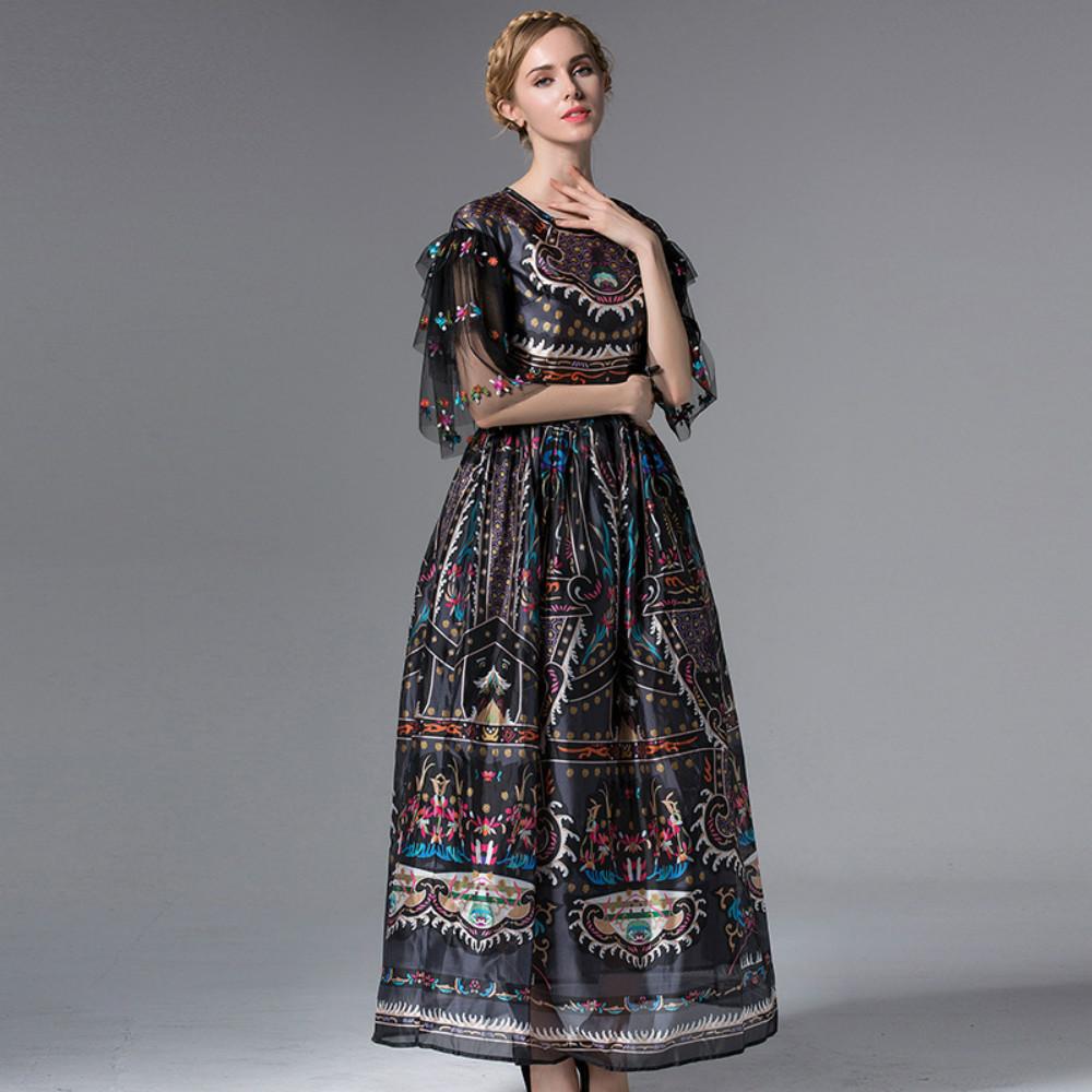 Одежда с принтом 2018