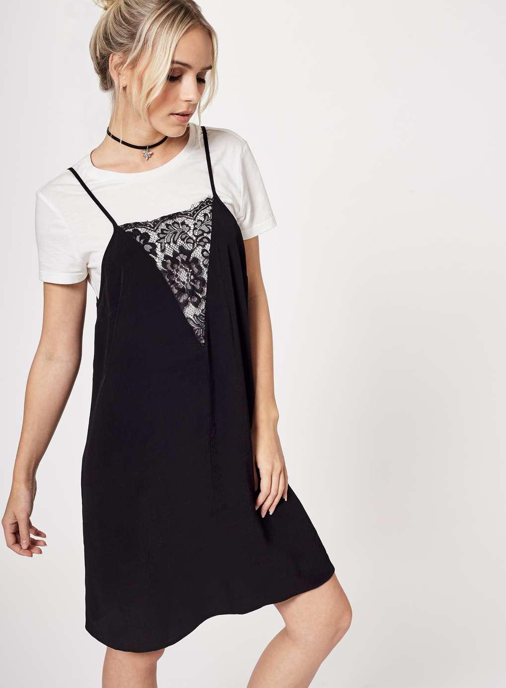 Платье-комбинация с кружевной отделкой