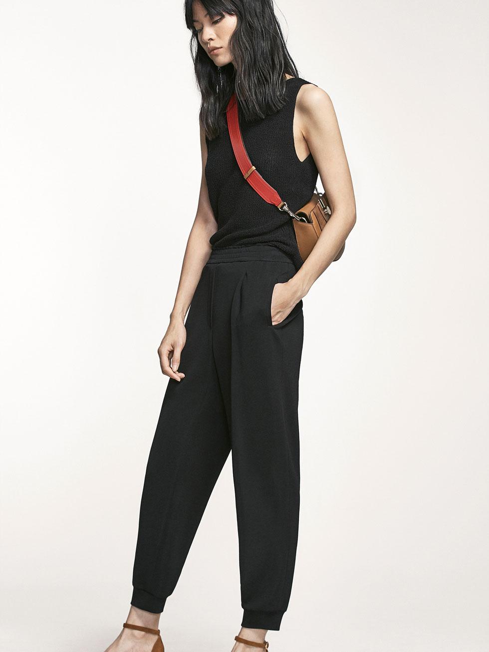 Модные черные джоггеры