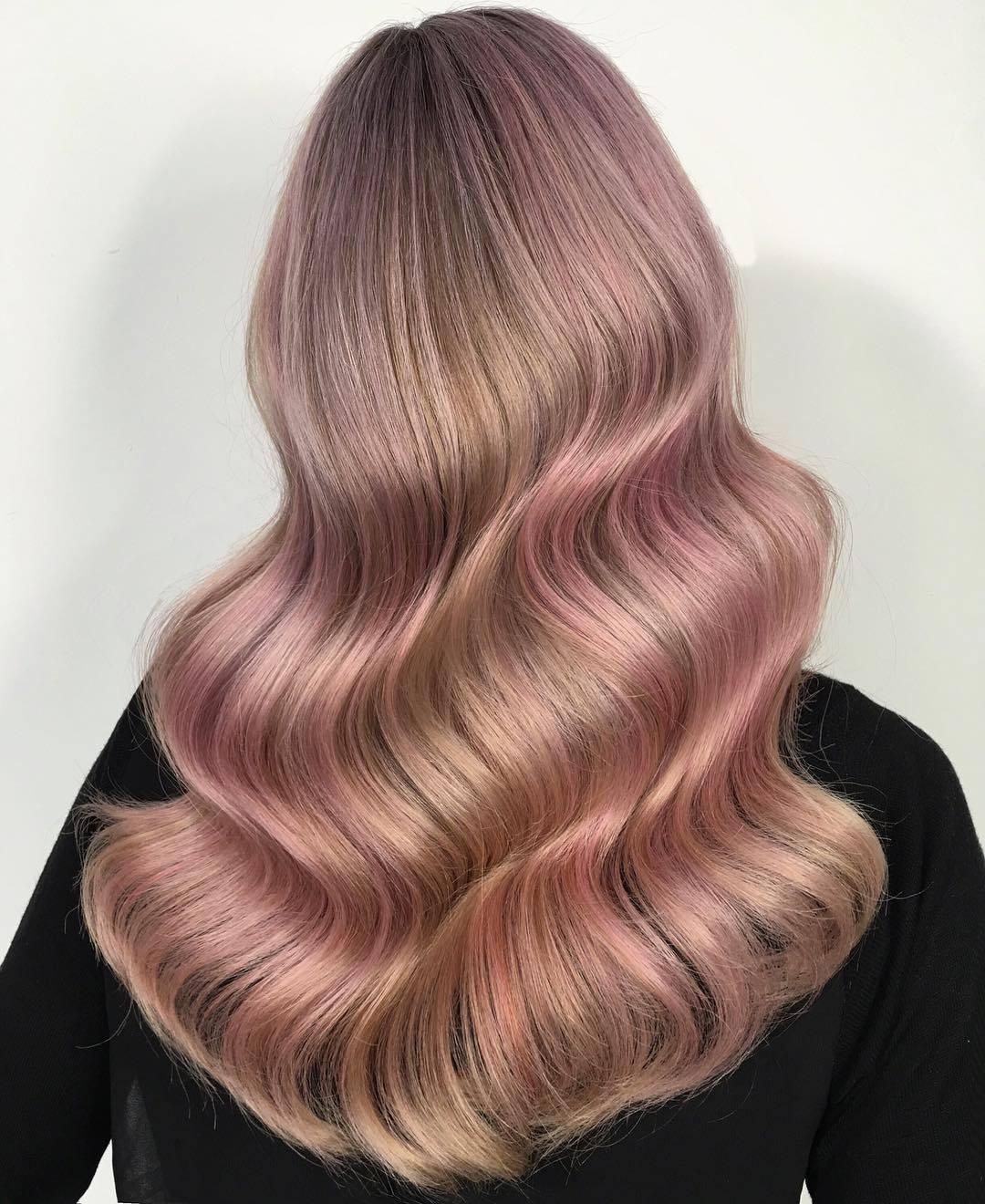 Холодный розовый блонд