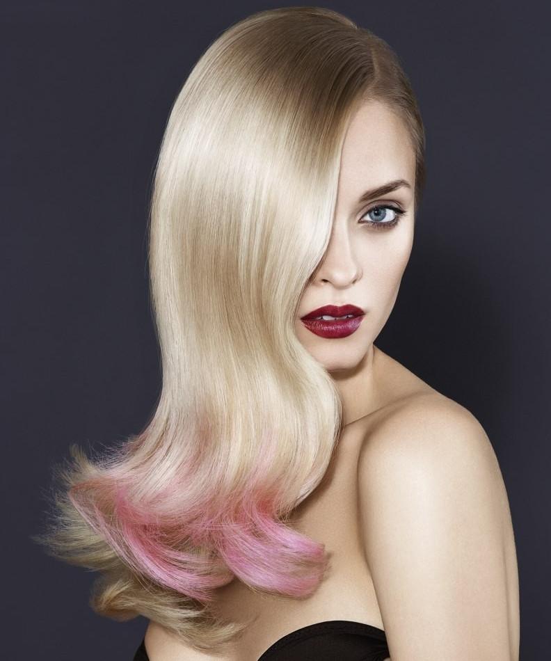 Легкий розовый блонд