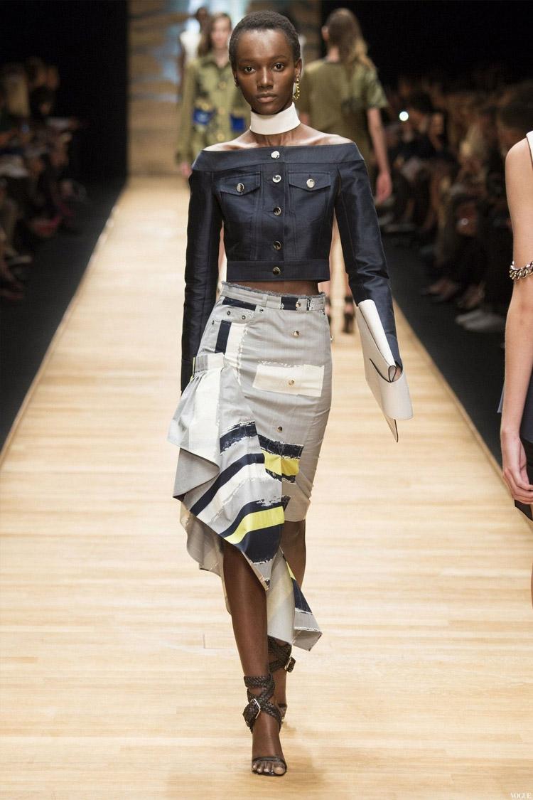 Модная юбка с асимметричным подолом
