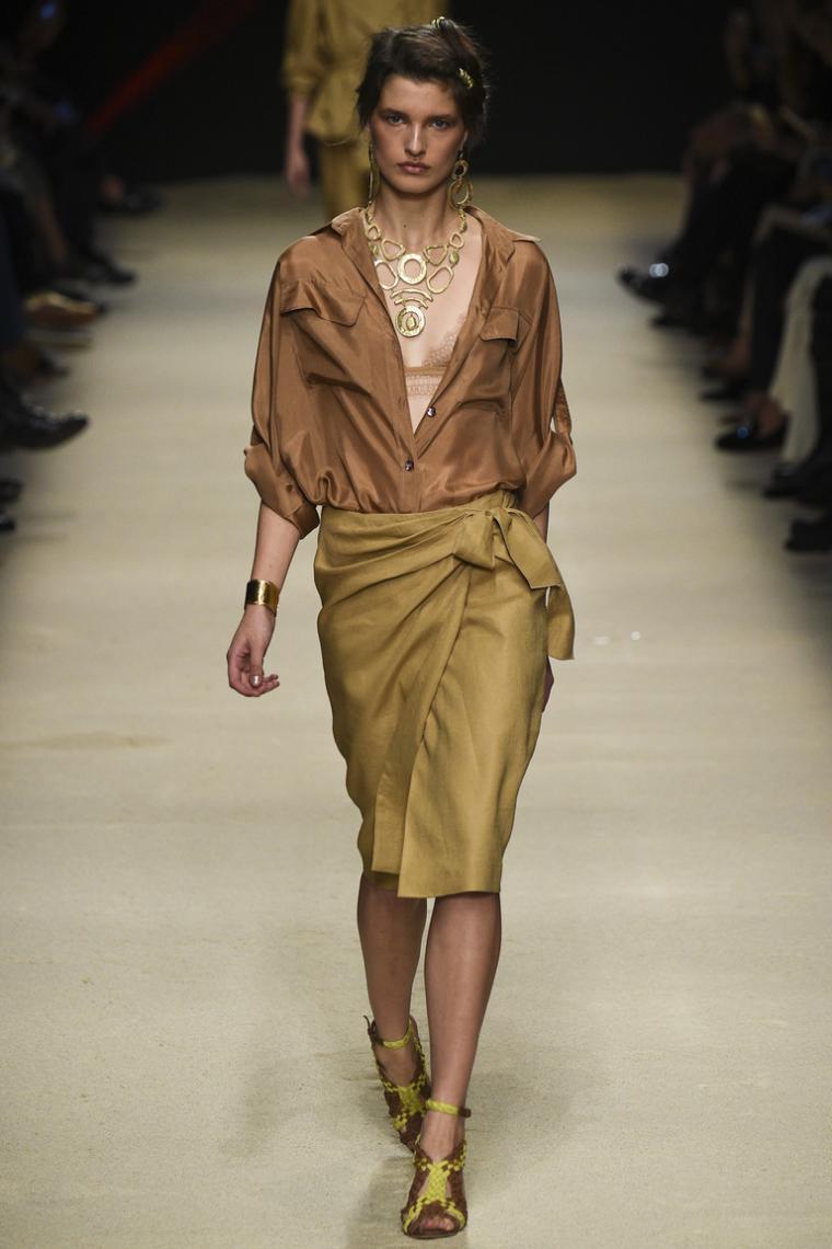 Асимметричная юбка с запахом