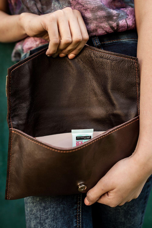 Модный клатч-конверт из коричневой кожи