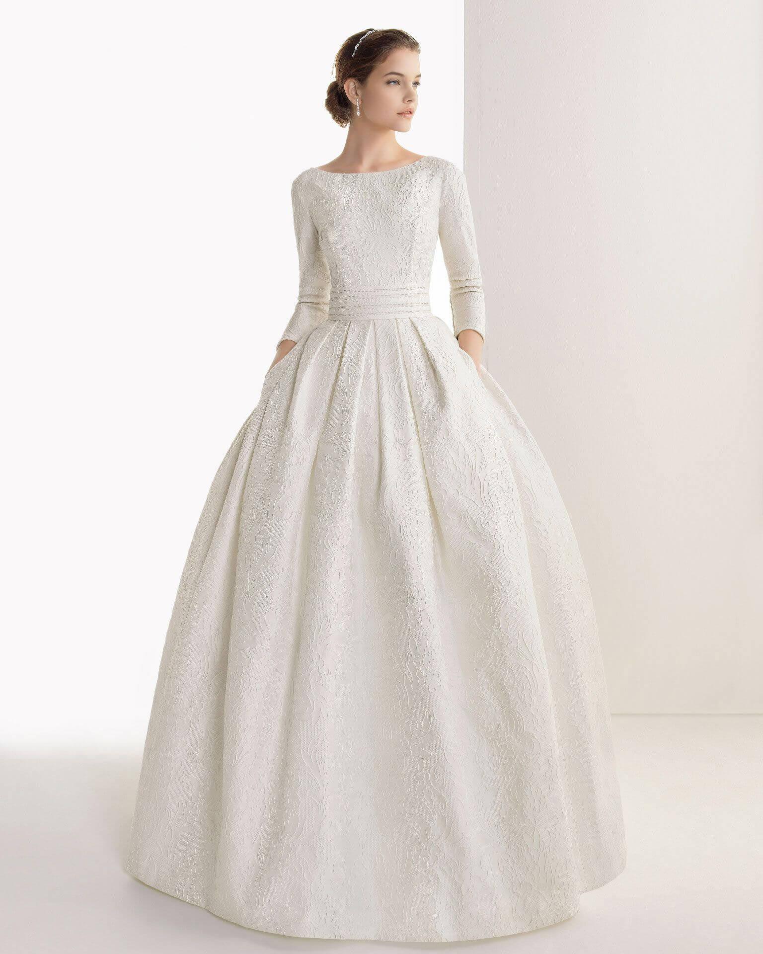 Платье для венчания простого кроя